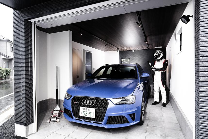 インセル incell  ガレージハウス 賃貸 audi RS4 Audi練馬 Audi新宿