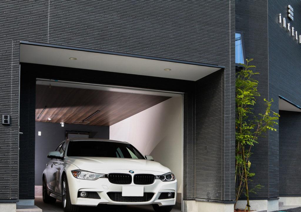 高級車 ガレージ